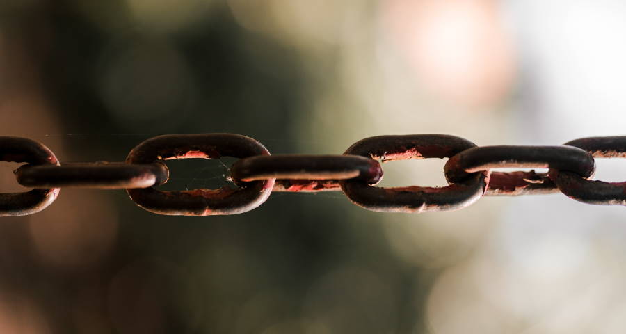 Strategia linkowania wewnętrznego w SEO